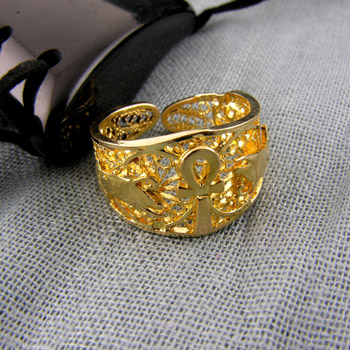 18k Gold filigree ankh key ring (Rings Collection)
