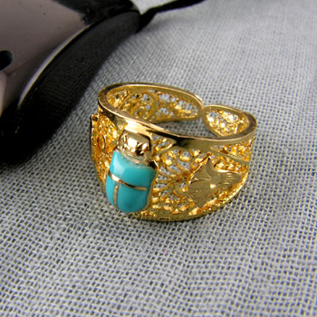 18k Gold filigree scarab ring (Rings Collection)