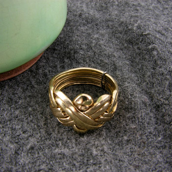 18k Gold Knot ring (Rings Collection)