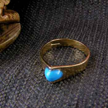 18k gold ring with turquoise sphere stone (Rings Collection)
