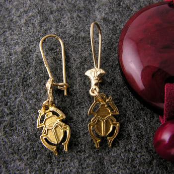 18k gold scarab earrings (jewelry gifts)