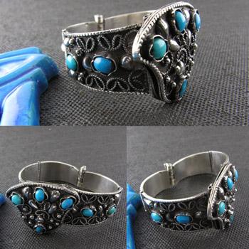 Bedouin Filigree bracelet with Turquoise stones