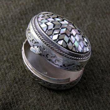 Egyptian Inlay Box (jewelry gifts)