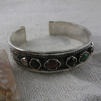 Filigree Silver bracelet (Bangle) with colored stones