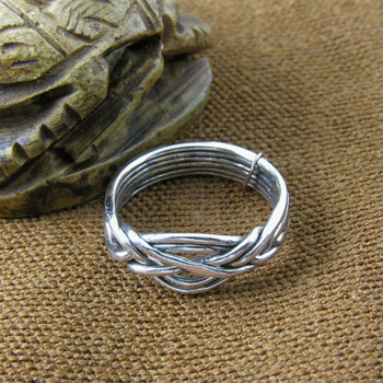 Silver thin Knot ring (Rings Collection)